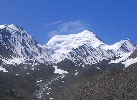 アッチェ峰